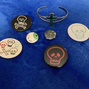 Skulls 💀 an eyeball & a cross bracelet - lot of 7